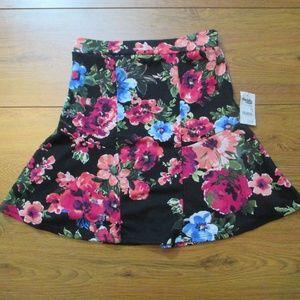 NWt Sm Floral BodyCon Flare Skirt Charlotte Russe